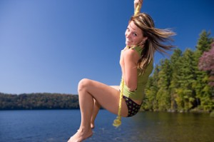 Carefree rope swing female